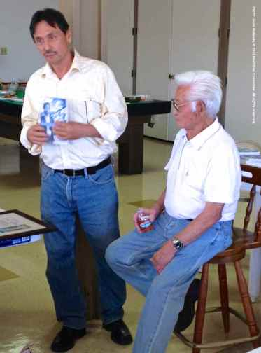 Manzanar Committee Co-Chair Bruce Embrey (left) with Hank Umemoto.