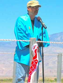 2009 Manzanar Pilgrimage (40th)-H20-17