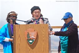 2015 Sue Kunitomi Embrey Legacy Award recipient Rev. Paul Nakamura, shown here with his wife, Kikuno (right). Kerry Cababa (left) of the Manzanar Committee is also shown here.