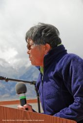 Pat Sakamoto of the Manzanar Committee spoke at the 46th Annual Manzanar Pilgrimage, telling her family's story.