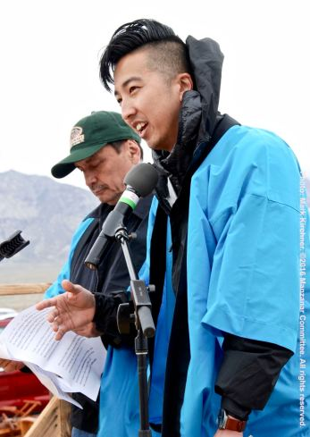 Master of Ceremonies Craig Ishii with Manzanar Committee Co-Chair Bruce Embrey (background)