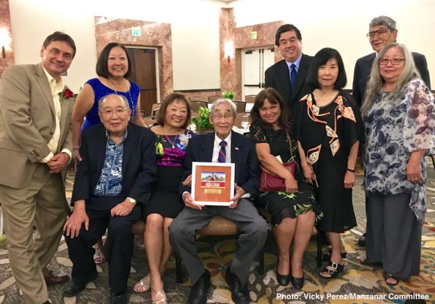 Members of the Manzanar Committee at the 2016 Nisei Week Awards Dinner. Photo: Vicky Perez/Manzanar Committee