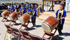 UCLA Kyodo Taiko opened the 48th Annual Manzanar Pilgrimage.UCLA Kyodo Taiko opened the 48th Annual Manzanar Pilgrimage.