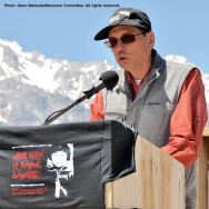 Manzanar Committee Co-Chair Bruce Embrey