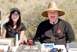 Manzanar Committee members Wendi Yamashita (left) and Fred Bradford (right).