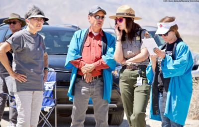 From left: former Manzanar incarceree and Manzanar Committee member Pat Sakamoto, Manzanar Committee Co-Chair Bruce Embrey, Ranger Rose Masters and Monica Embrey.