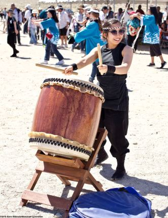 The Manzanar Pilgrimage always ends on a high note..Ondo dancing. Minami Sasaki of UCLA Kyodo Taiko played the taiko drum accompaniment.